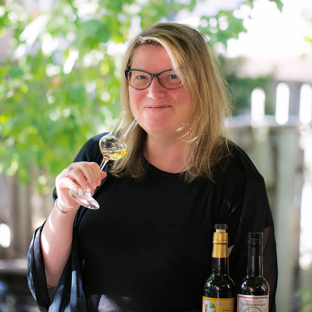 Christine Sismondo | Toronto Cocktail Conference